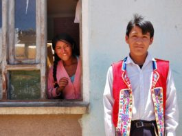 bolivian children playing