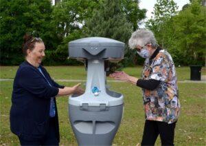 women washing hands