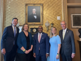 Mayor Stimpson and four other mayors at the US Capitol